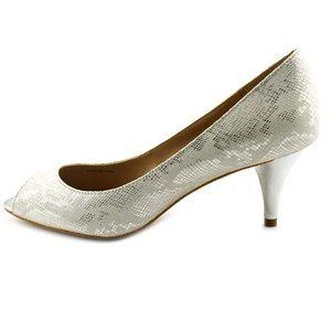 Tahari Marie Silver Peep Toe Pumps, size 9